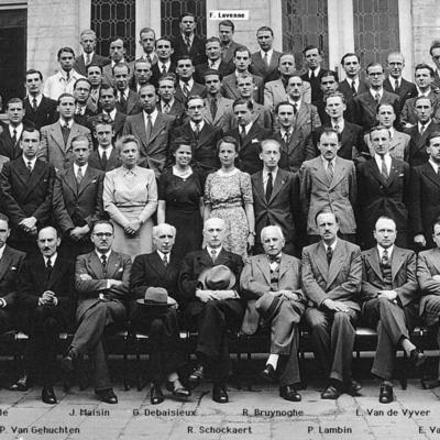Promotion de Médecine en 1942-1943